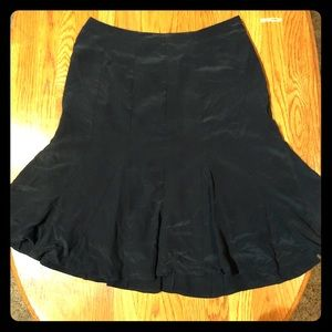 GAP Fit 'n Flare Skirt